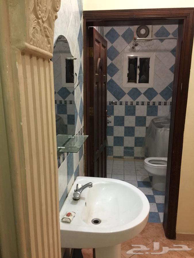شقة مفروشة غرفتين وصالة للايجار الشهري جدة
