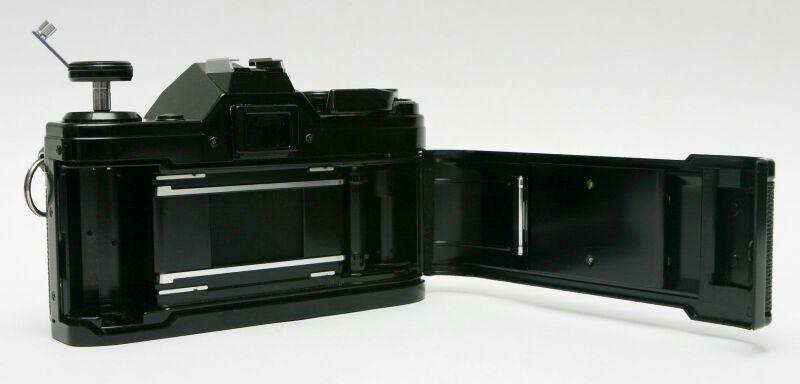 فرصة كاميرا كانون عمرها أكثر من 40 سنه مزاد