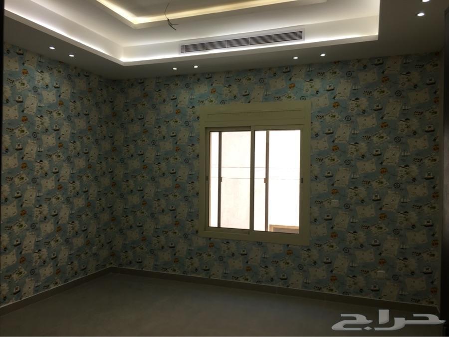 Installation of wallpaper 0531365433