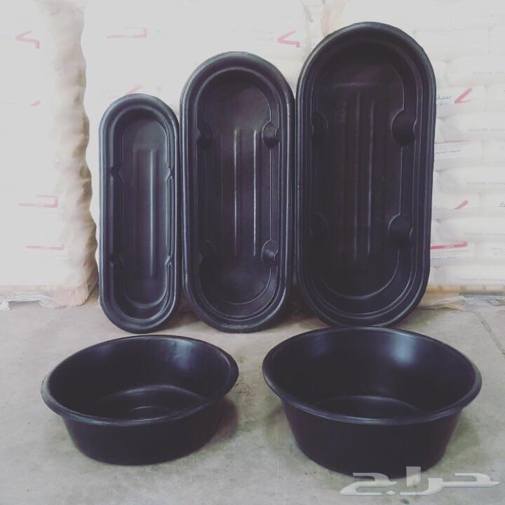 معالف وأحواض متعدد الاستخدام