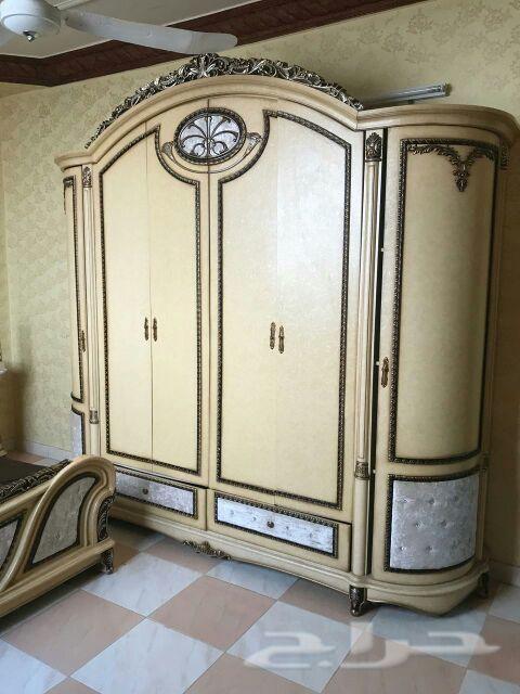 نجار فني ف وتركيب غرف نوم مطابخ