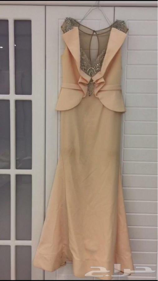 فستان للبيع وسبب البيع الحاجه