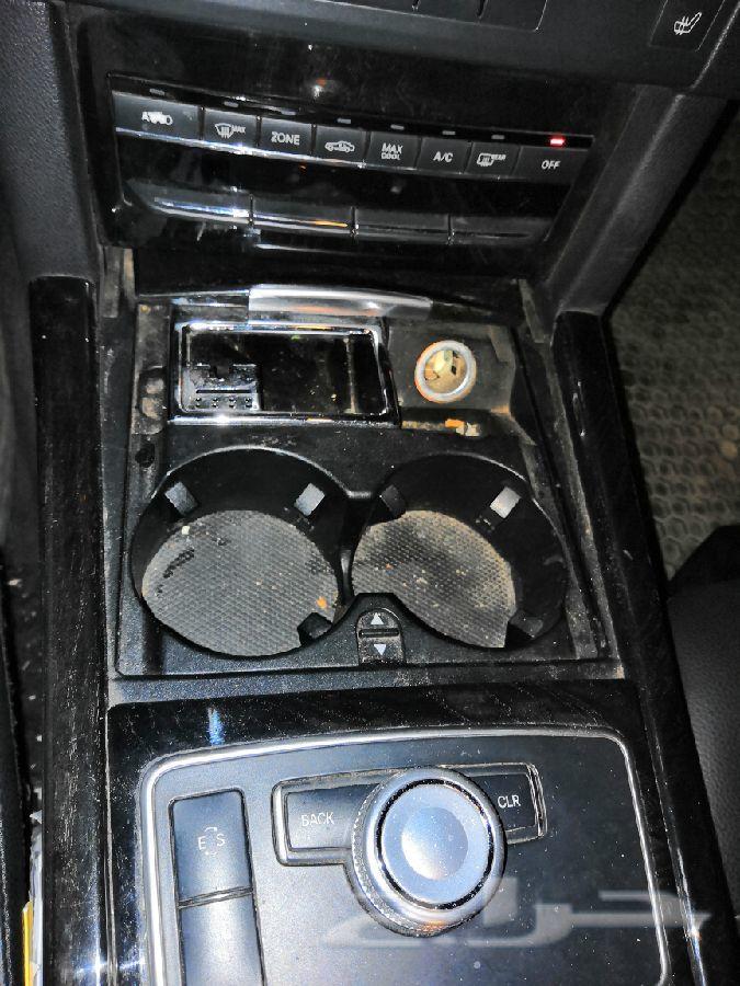 للبيع مرسيدس 2011  E350