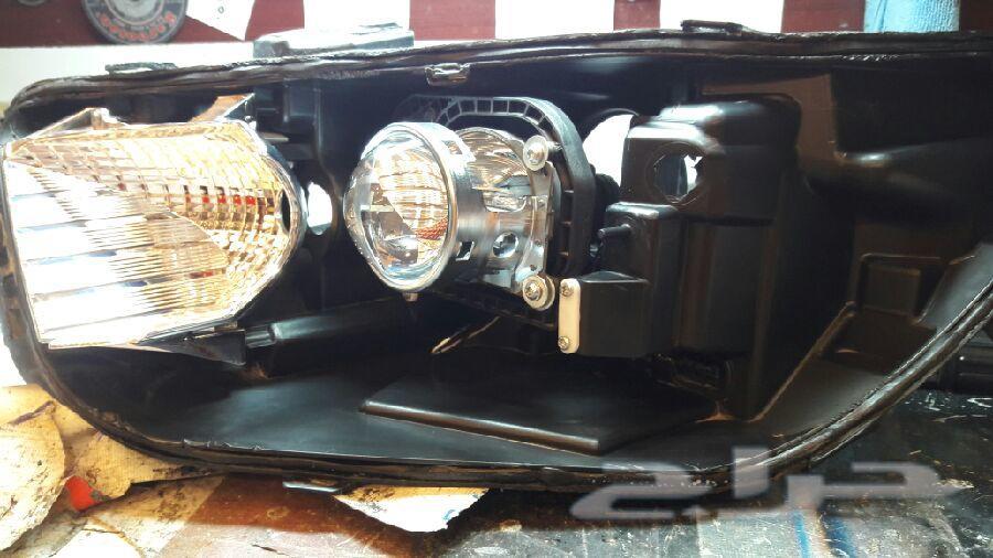 تركيب عدسات سيارات وخاصة انوار الفورد التورس