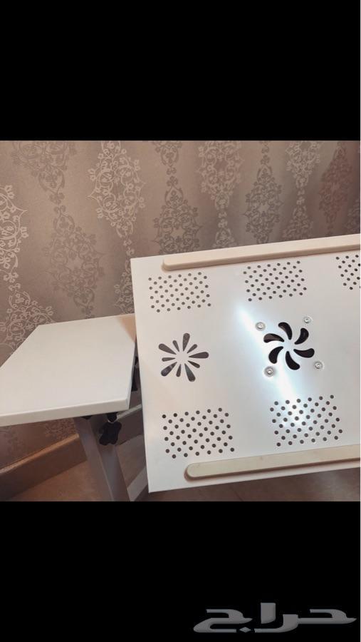 طاولة لاب توب متحركة