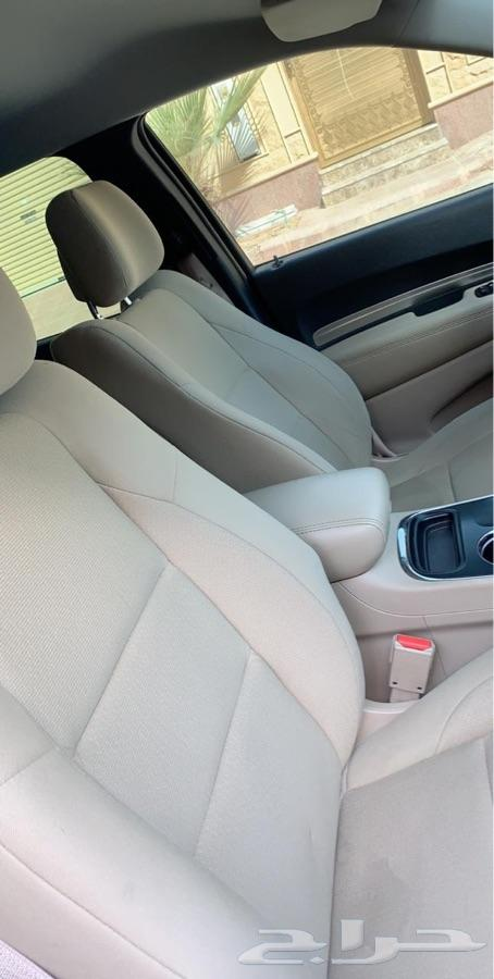 سيارة دودج دورانجر 2016