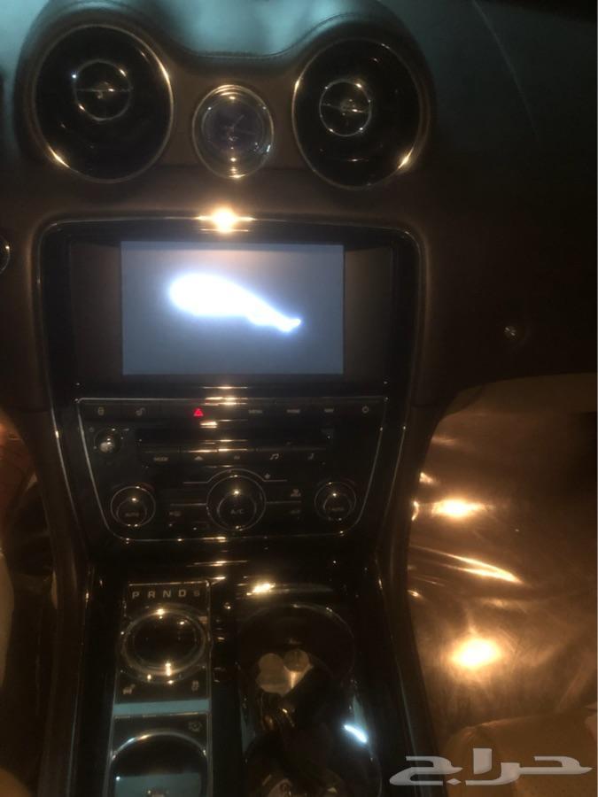 للبيع جاكوار 2012 مخرن
