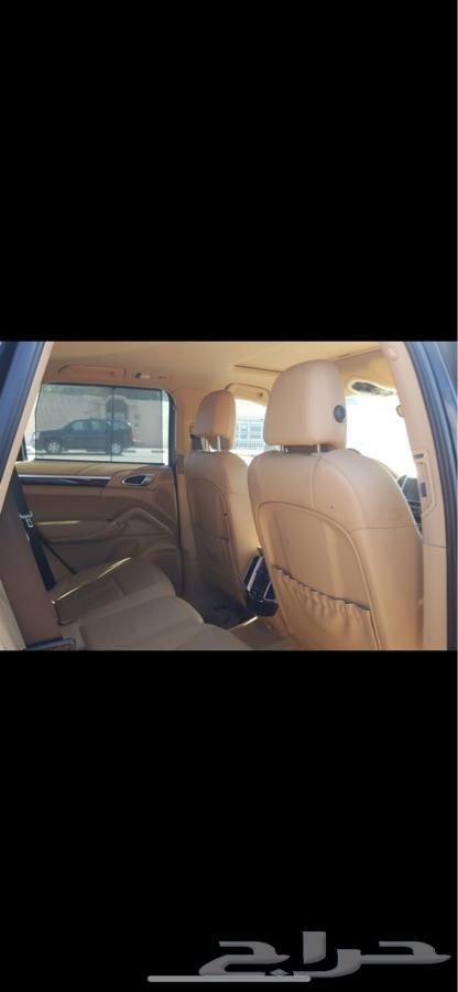 بورش 2011 نظيف للبيع