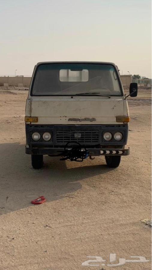للبيع دينا دهاتسو مديل 1983