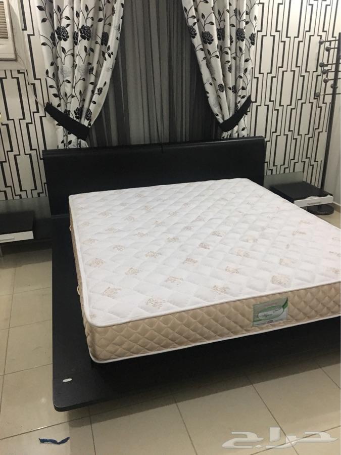 سرير غرفه نوم للبيع من سيتي دبليو