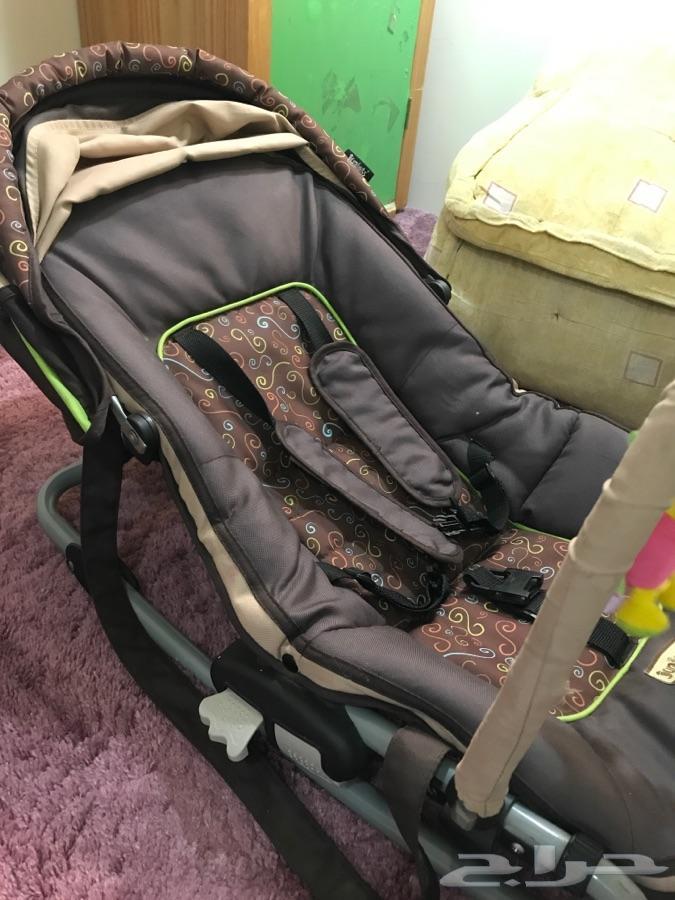 كرسي اطفال من (سنه-3)تقريبا  خميس مشيط