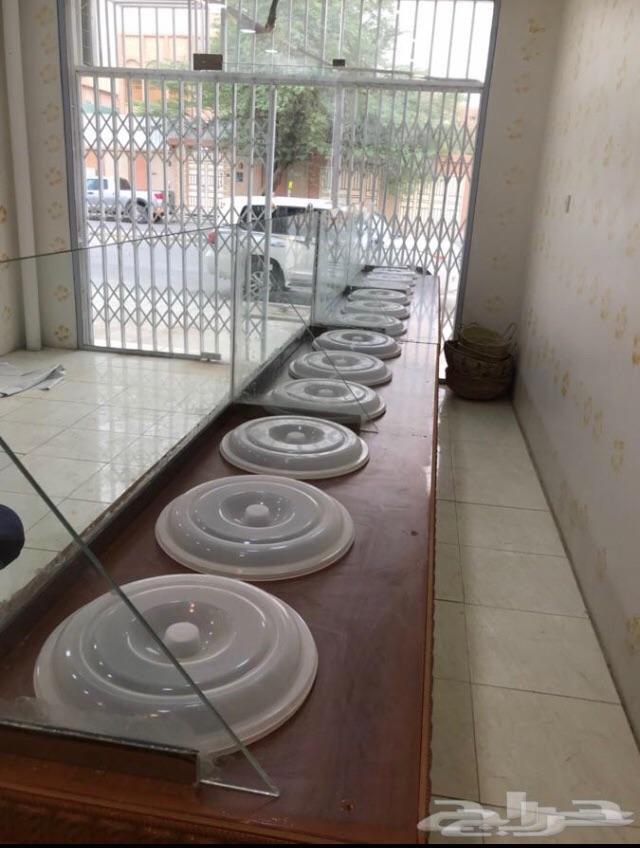 طاولات عرض بترينات طاولات بيع محل احواض
