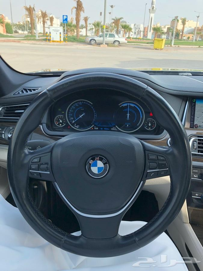للبيع BMW 2015 730li