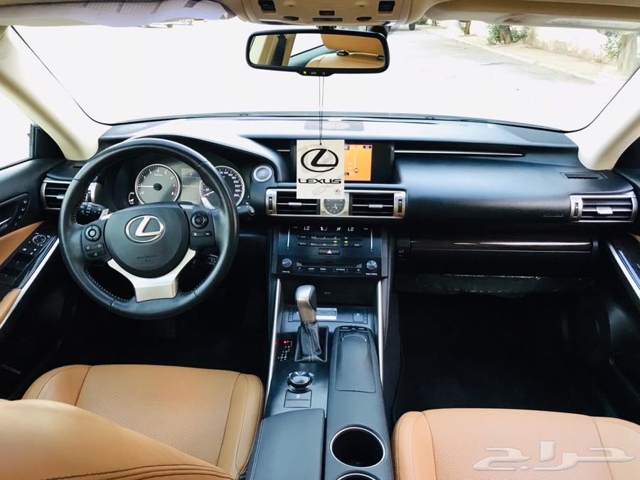 لكزس 2014 IS 350 فل كامل سعودي نظيفه جدا