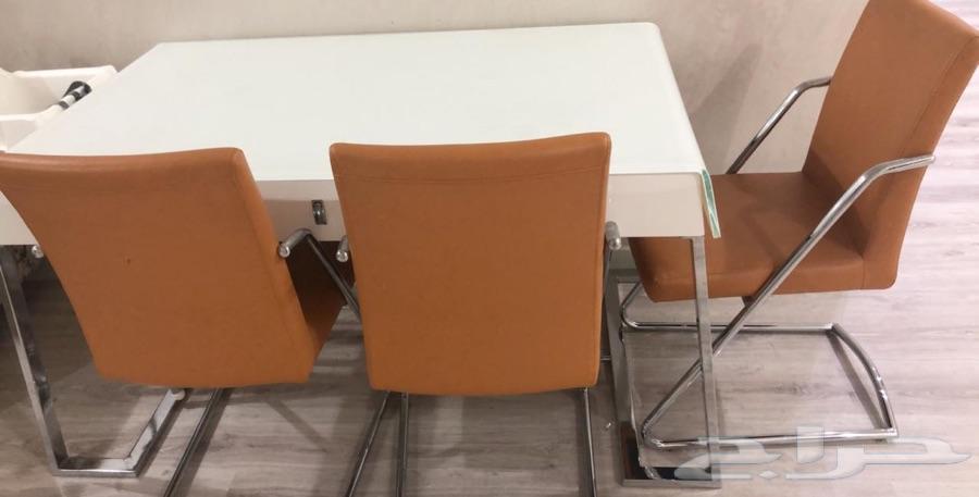 طاولة طعام 4كراسي