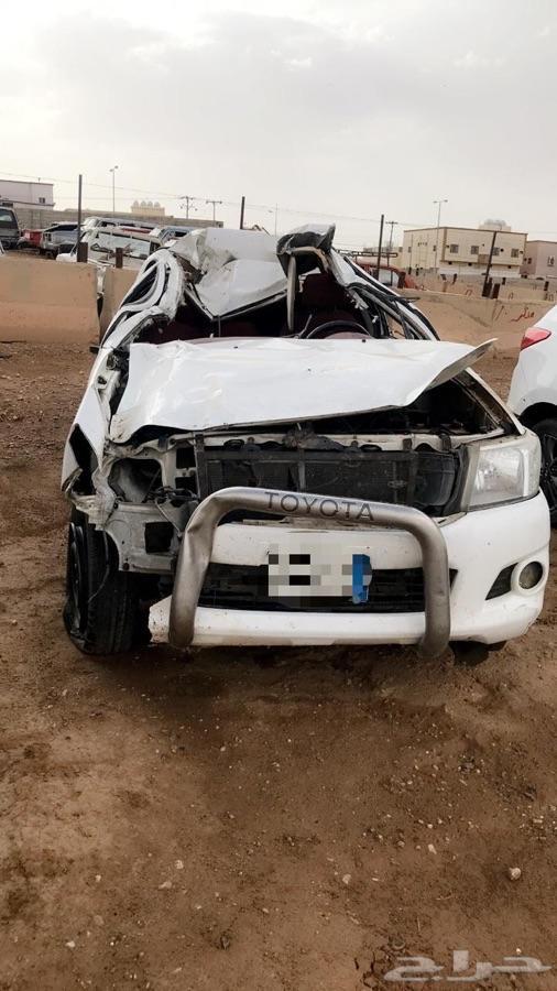 للبيع سيارة هايلوكس 2012 غمارتين