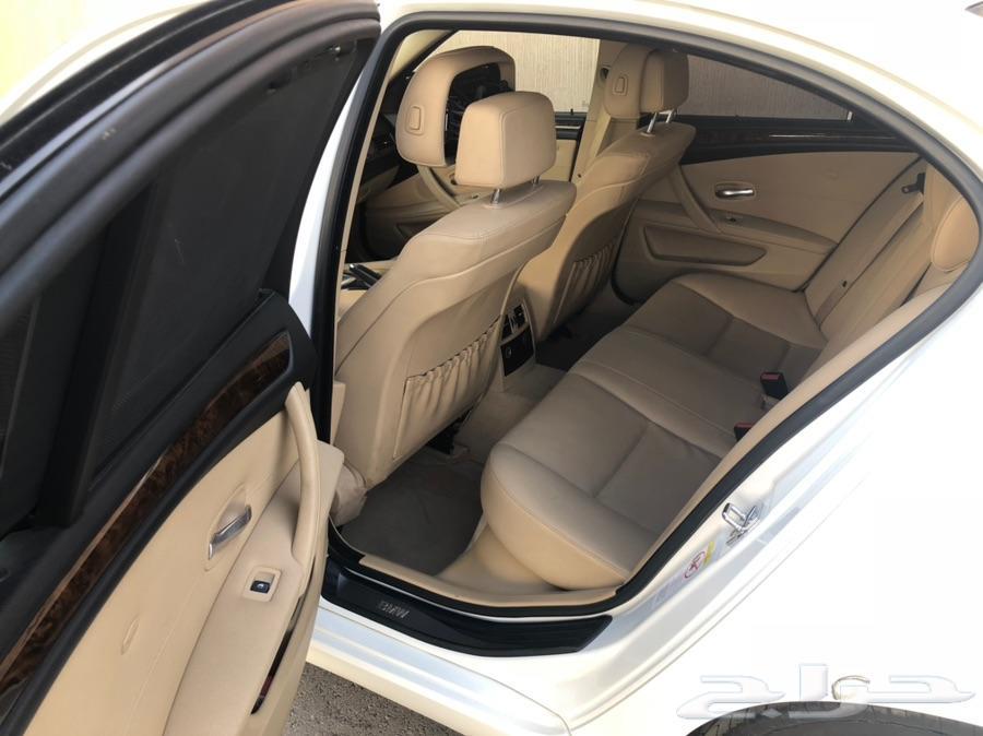 BMW. 2009