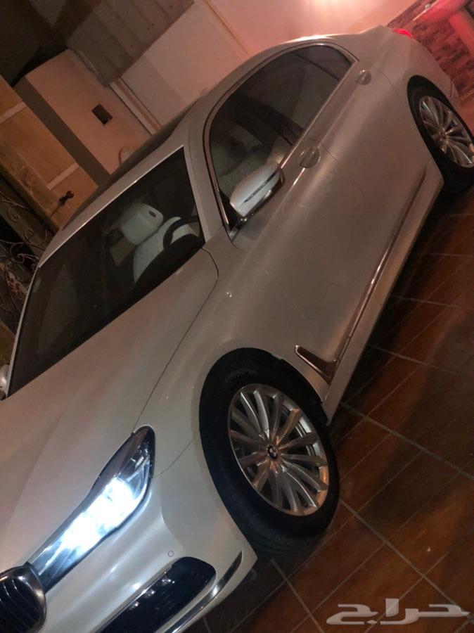 جدة - BMW 730i  2016 ممشى 35 000 باقي