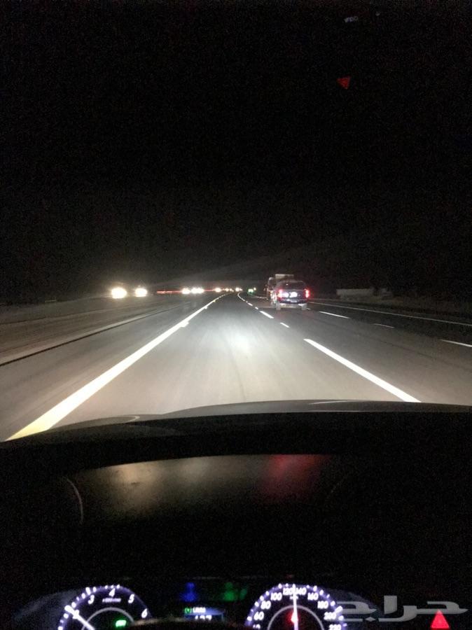 نور عالي ابيض ع الافالون LED