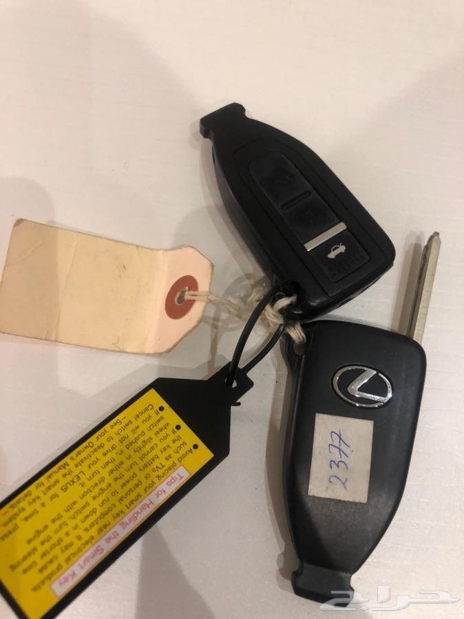 مفاتيح لكزس LS 430 موديل 2006 سعودي