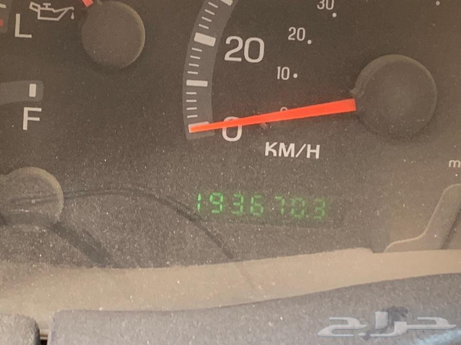 سيارة اكسبيدشن للبيع موديل 2002