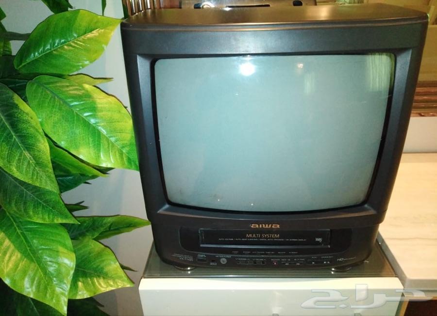 جهاز 2 في 1 تلفزيون وفيديو ماركة ايوا