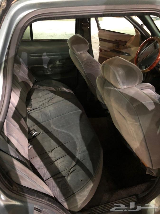 سيارة فورد كراون فيكتوريا 1997 للبيع