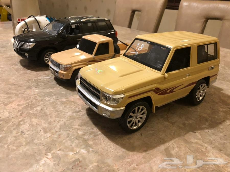مجسمات سيارات