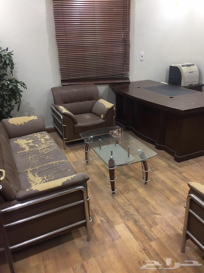 اثاث مكتبي وغرفه جاهزه واجهزه خاصه للبيع