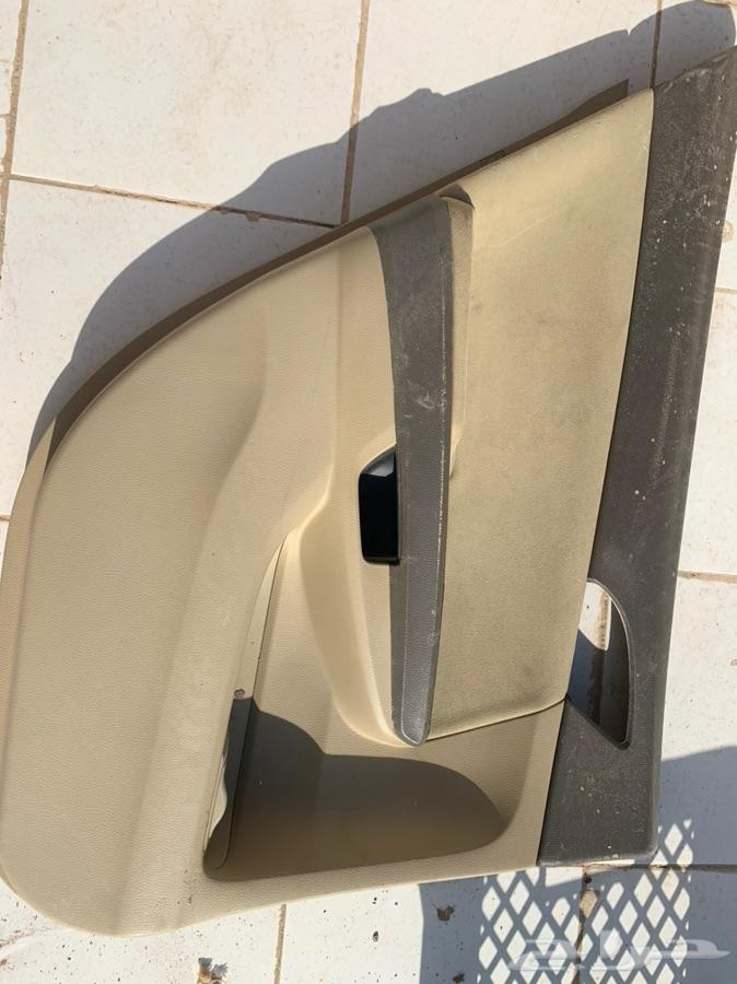 للبيع ديكور باب خلفي هوندا اكورد 2011