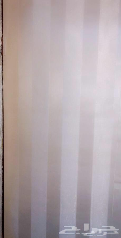 ورق جدران بسعر رمزي