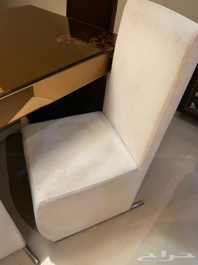 طاولة سفرة 6كراسي وميكرويف