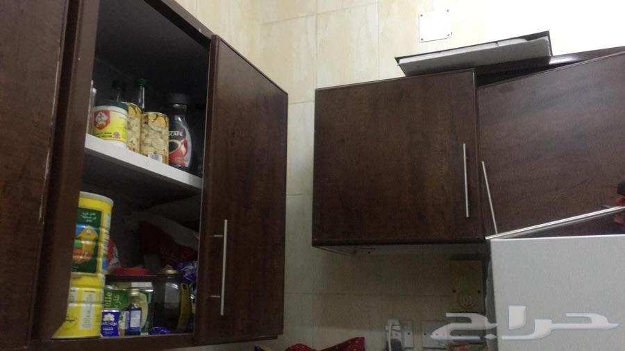 مطبخ بحالة جيدة للبيع 4 4