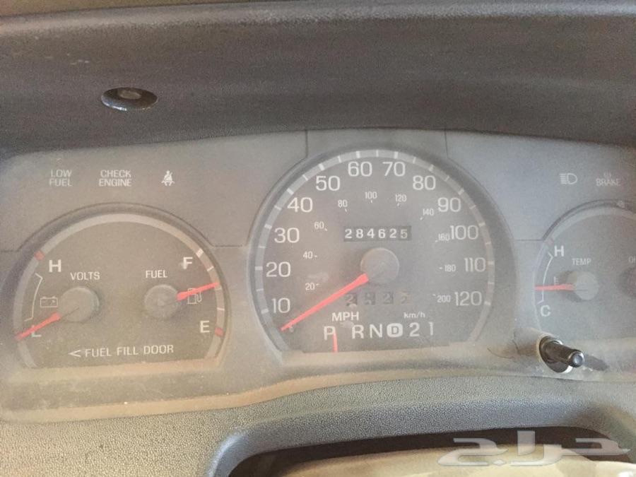 سيارة فورد 2005