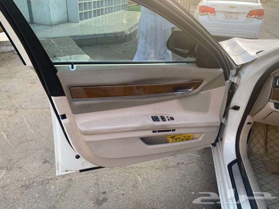 BMW750 -2011