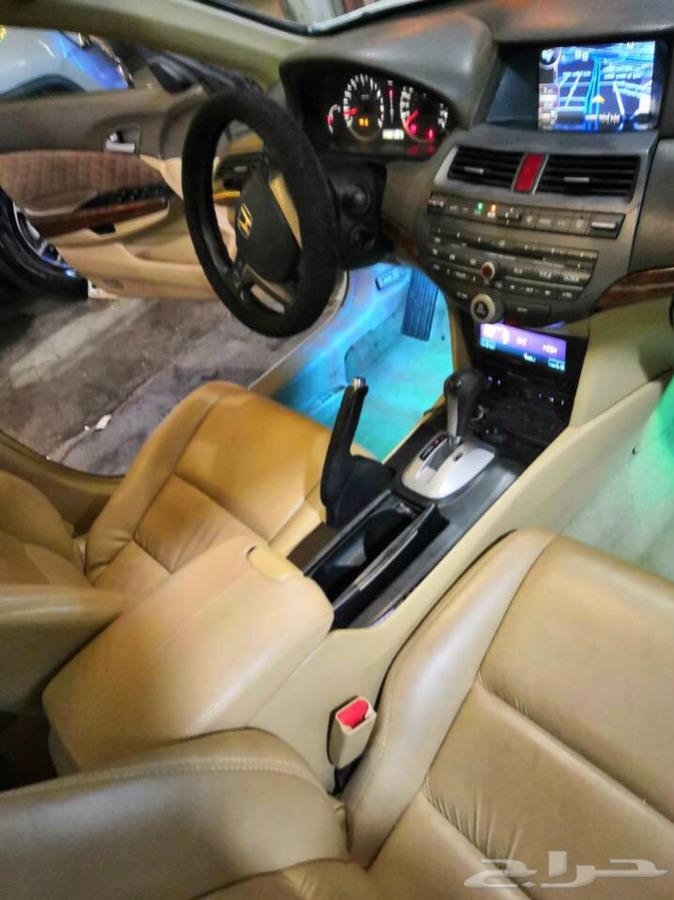 أكورد V6 2009 ممشى قليل 240 نظيفة