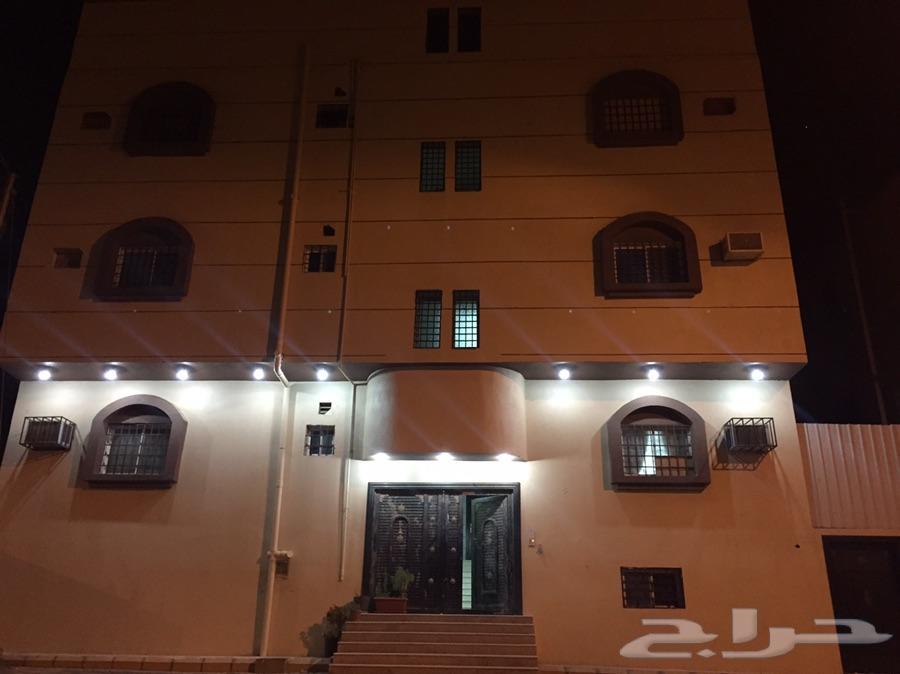 عمارة للبيع حي لية خلف محطة صلاح
