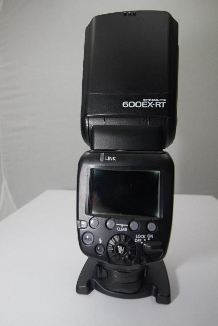 فلاش كاميرا كانون