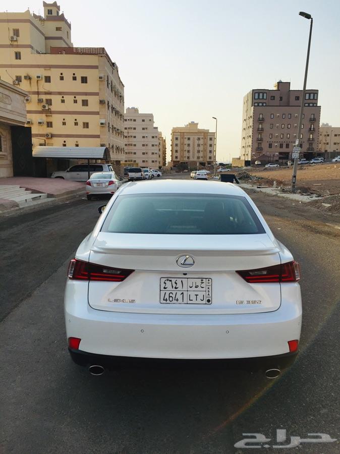 لكزس 2015 - 350 IS فل كامل سعودي
