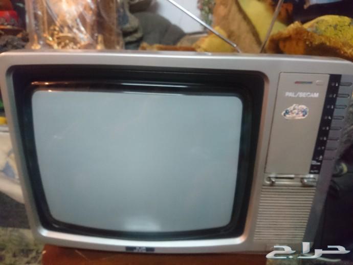 تلفزيون انتيك تحفه قديم جدا  JVC  جي في سي