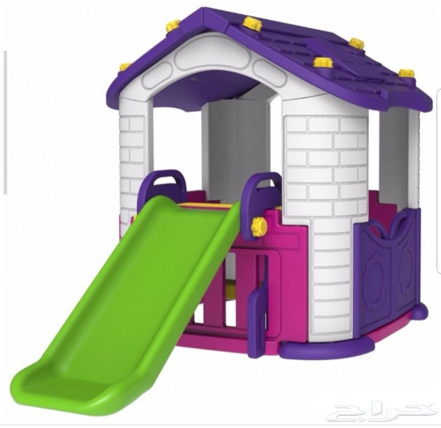 بيت للاطفال مع حوش و زحليقة جديد