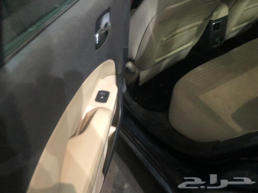 تشارجر 2012 V6