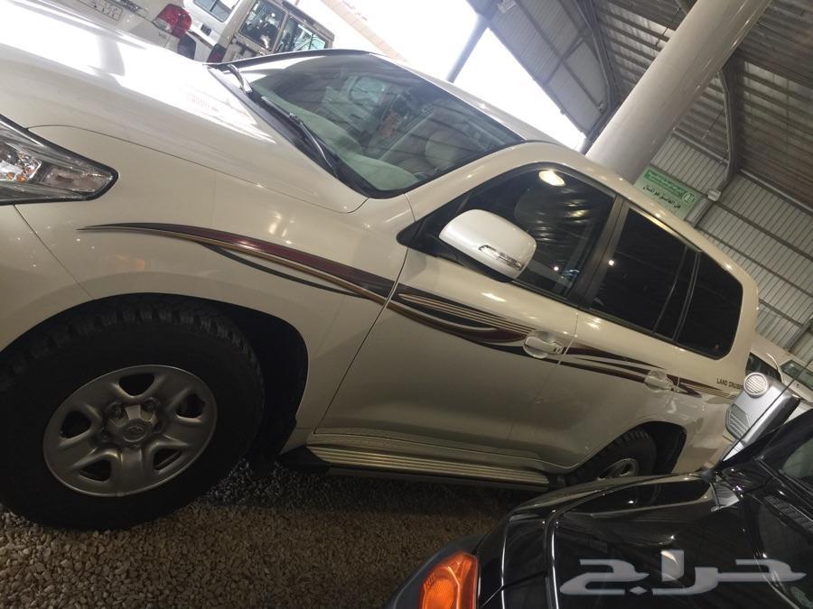 معرض العابسي للسيارات بخميس مشيط
