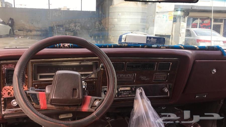 سيارة اولدزموبيل 1984 لعشاق القديم
