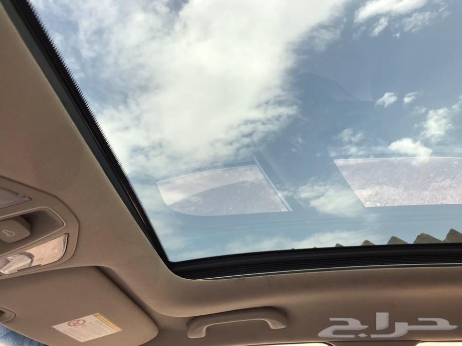 (تم البيع) هونداي سنتافي 2017 نظيف