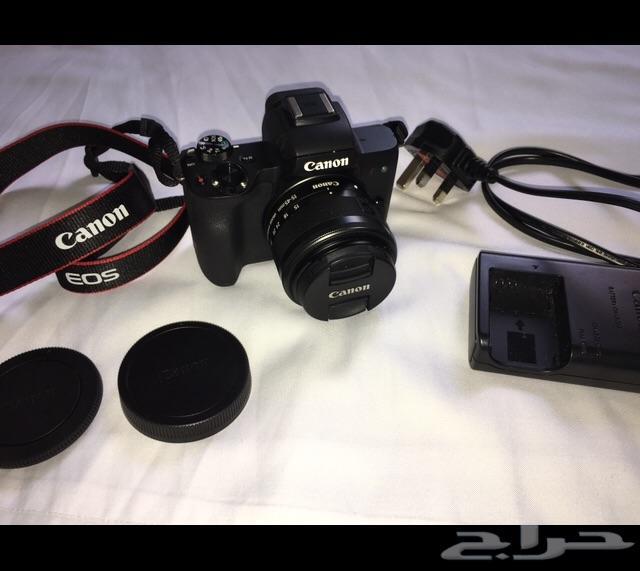 كاميرا كانون M50
