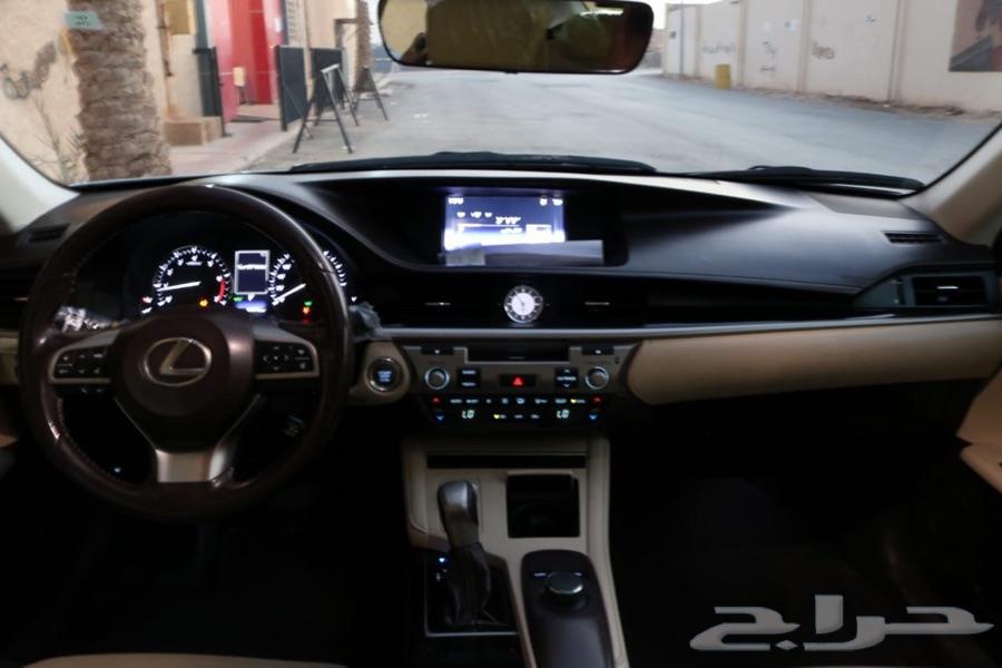لكزس 2016  V6 ES350 بحالة الوكالة