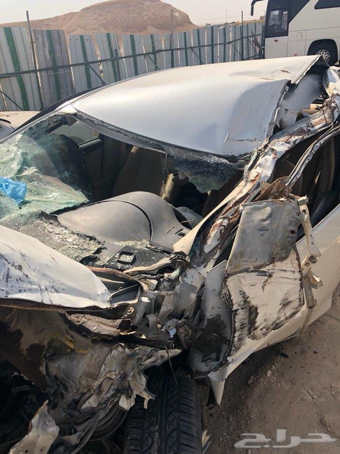 الرياض - سيارة كامري 2012 مصدومة
