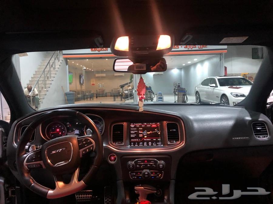 مباع. Dodge SRT8 black roof