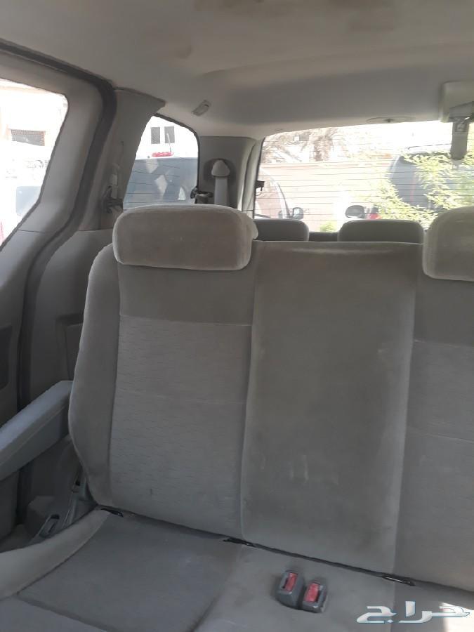 سيارة فورد للبيع او البدل بي سيارة اقل 7ركاب